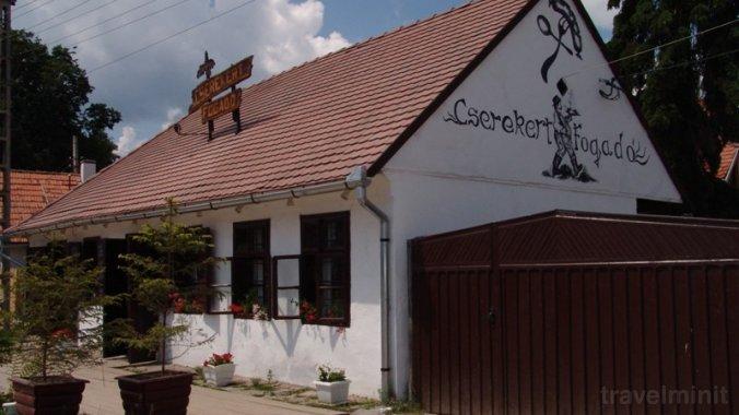 Cserekert Inn Racu