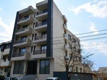 Hotel Mihail Kogălniceanu, Hotel Casa Maestro