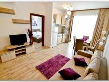 Apartment Dobromiru din Deal, Luxury Paris Studios by the sea