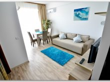 Apartman Răzoarele, Luxury Saint-Tropez Studio by the sea