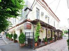 Accommodation Păunești, La Strada Boutique Villa