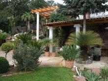 Accommodation Balatonalmádi, Egzotikus Kert Rozmaring 2 Apartment