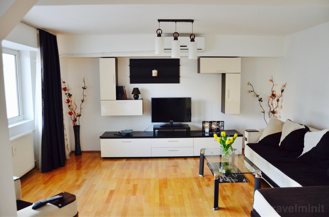 Unirii stylish apartment bucharest for Bucharest apartments