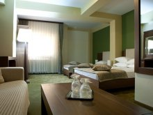 Hotel Scărlătești, Hotel Royale