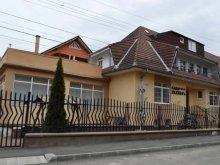 Pensiune Glogoveț, Pensiunea Casa Elixias