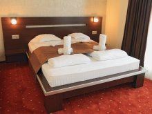 Hotel Magyarcserged (Cergău Mare), Premier Hotel