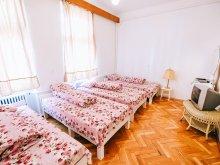 Vendégház Bálványosváralja (Unguraș), Buricul Târgului Ház