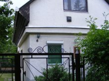 Apartament Mezőkövesd, Casa de oaspeți Csillag 1.