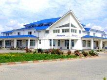 Motel Középpeterd (Petreștii de Mijloc), Bleumarin Motel
