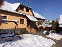 Casă de oaspeți Cucuieți (Solonț), Casa de oaspeți Eszter