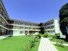 Villa Saturn, White Inn Hostel