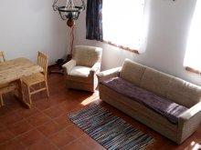 Accommodation Tiszakeszi, Tölgyes Guesthouse
