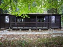 Chalet Fertőboz, Déjá Vu Garden & Club