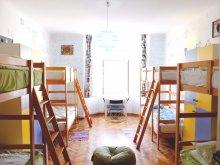 Accommodation Zărneștii de Slănic, Centrum House Hostel