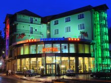 Hotel Alsótömös (Timișu de Jos), Piemonte Hotel