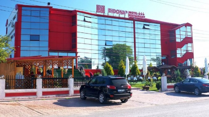 Didona-B Motel & Étterem Șendreni