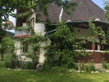 Kulcsosház Berkényes (Berchieșu), Cseke Kulcsosház