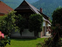 Casă de oaspeți Antohești, Casa mică Legendară