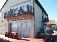 Accommodation Zamárdi, Czár Apartment