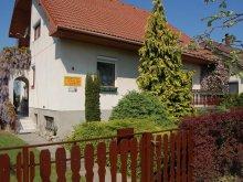 Casă de oaspeți Balatonmáriafürdő, Casa de oaspeți Szalai