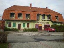 Apartament Magyarhertelend, Casa Somos