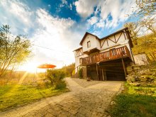 Casă de vacanță Corvinești, Casa de oaspeţi Judit