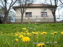 Vilă Giula (Gyula), Casa de oaspeti Opt copaci de prune