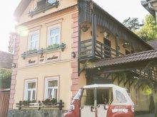 Pensiune județul Mureş, Pensiunea Casa cu Cerdac