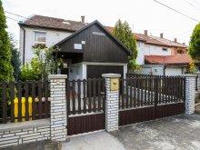 Apartament județul Heves, Apartament Szepasszonyvolgyi