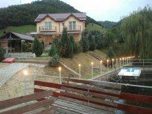 Kulcsosház Csabaújfalu (Valea Ungurașului), Luciana Kulcsosház