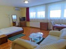 Hotel Pusztaszer, Hotel Sport