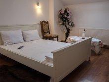 Accommodation Vidra, Royal Villa