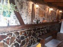 Cabană Homorod, Pensiunea Hegyi Kő