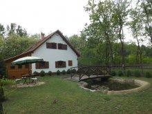 Accommodation Akasztó, Márta Guesthouse