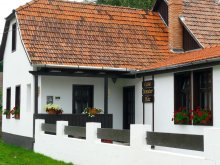 Guesthouse Ighiu, Demeter House