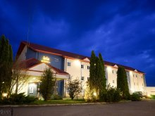 Hotel Chegea, Hotel Iris