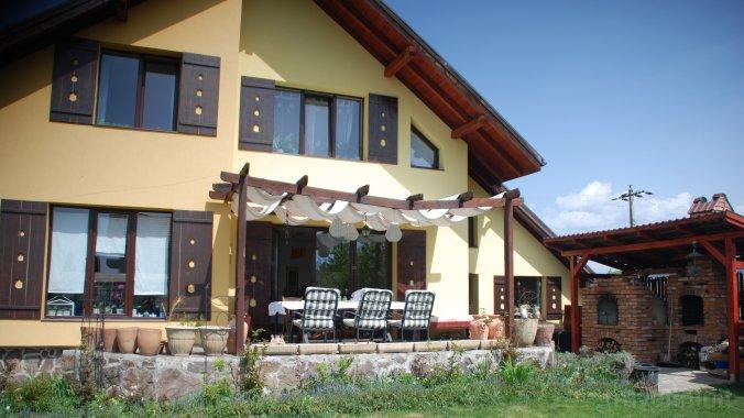 Nest Guesthouse Miercurea Ciuc