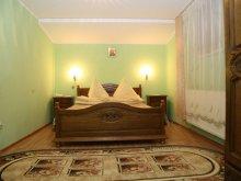 Bed & breakfast Vârfu Dealului, Perla Brazilor Guesthouse