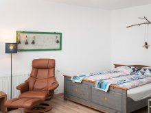 Hostel Cehal, RoseHip Hill Guestouse
