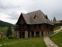 Accommodation Scorțeni, Traditional skanzen pension