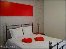 Accommodation Bănești, Red & Black Studio Apartment