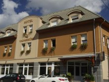 Hotel Balatonvilágos, Hotel Vadászkürt