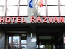 Accommodation Negrenii de Sus, Răzvan Hotel