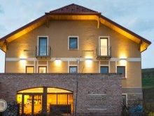 Pensiune Piatra Secuiului, Pensiune și Restaurant Sarea-n Bucate
