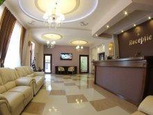 Hotel Cetatea de Baltă, Hotel Stefani