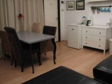 Accommodation Gyor (Győr), Bakony Pihenő Apartment