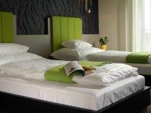 Hotel Dombori, Gokart Hotel