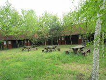Camping Tiszakeszi, Sóstói Lovasklub Turistaház és Kemping