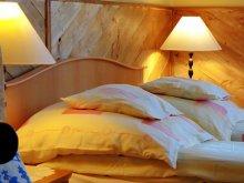 Accommodation Kerecsend, Halász Guesthouse