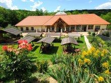 Hotel Balatonkenese, Centru de agrement Somogy Kertje
